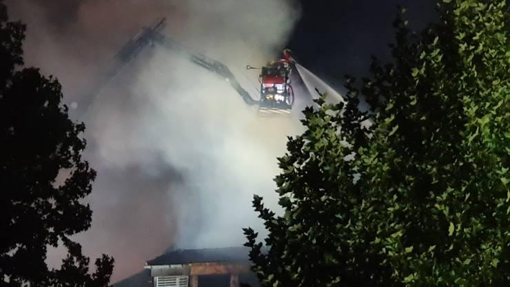 Erste Bilder vom Brand in Aarburg.