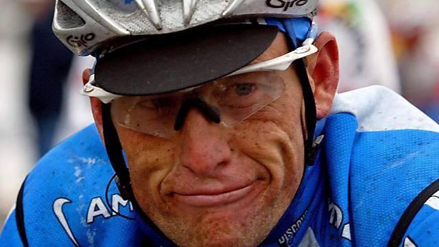 Die Schlinge um Armstrong zieht sich immer mehr zu.