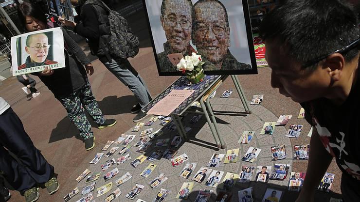 Solidarität mit Friedensnobelpreisträger Liu Xiaobo und seiner Frau Liu Xia: Nach einem Streit zwischen China und Norwegen wegen der Inhaftierung Xiaobos wollen die beiden Länder es wieder miteinander versuchen. (Archivbild)