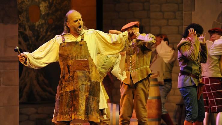 "Der Dietiker Tenor Hans Michael Sablotny in der Operette ""Boccaccio""."
