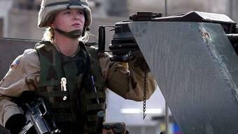 Frauen an der Kriegsfront: Das US-Militär will dieses Projekt bald umsetzen (Archiv)