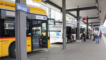 Nach den Kunden im Postauto können auch die SBB-Kunden am Bahnhof Brugg kostenlos surfen.