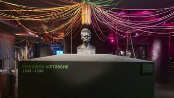 Übermensch Friedrich Nietzsche in Bronze (Büste von Max Klingler).
