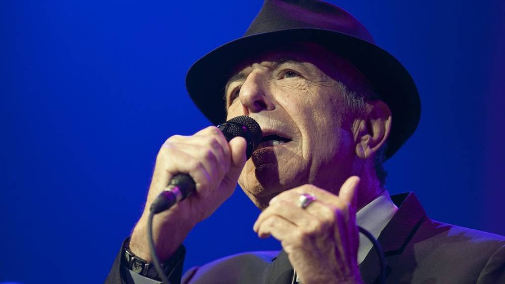 Der kanadische Sänger Leonard Cohen hat litauische Wurzeln. Daran wird nun mit einer Bronzestatue von Cohen in der Hauptstadt Vilnius erinnert. (Archivbild)