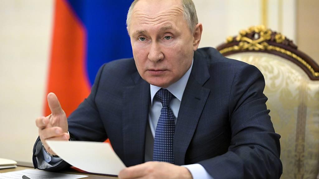 Kreml reagiert zurückhaltend auf Bidens Gipfeltreffen-Initiative