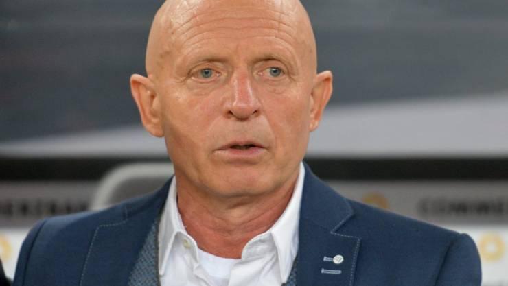 Zieht nach dem 1:5-Debakel gegen Russland die Konsequenzen: Tschechiens Nationalcoach Karel Jarolim