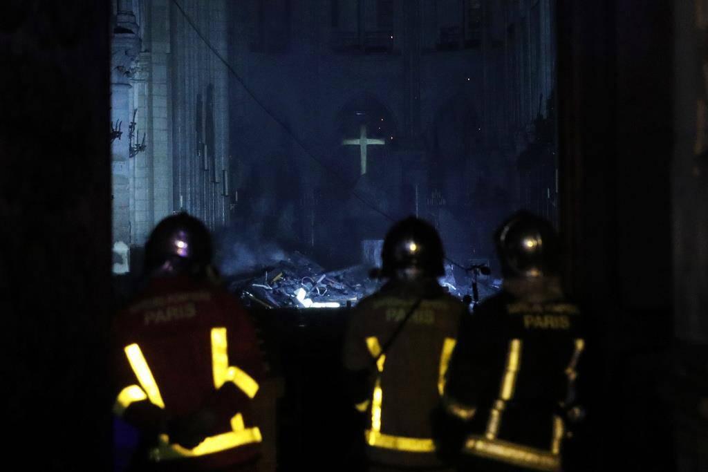 Im Innern der Kathedrale Notre-Dame nach dem Brand