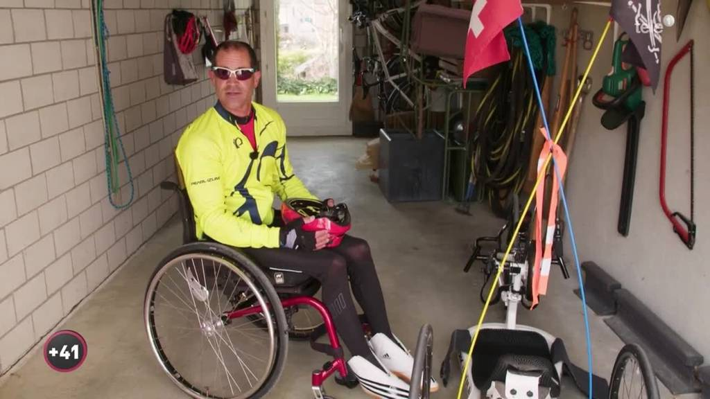 Fussgänger im Rollstuhl
