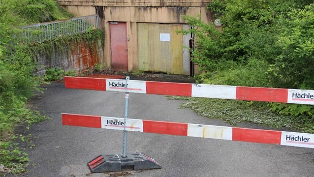 Seit 2010 ist die Tiefgarage im Bauhaldenquartier Untersiggenthal geschlossen. Momentan laufen rechtliche Abklärungen, wer für die Sanierung aufkommen muss.
