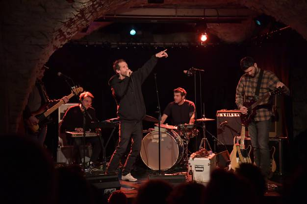 Die Bieler Band «Metzger & Bauer» präsentierte im Theater Nebia Poche ihr neues Album.