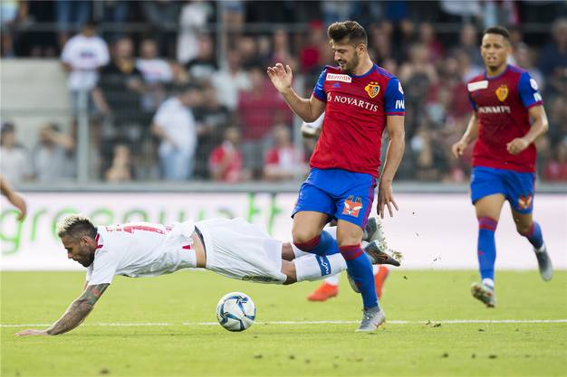 Albian Ajeti und der FC Basel sind zum Saisonstart in Sion obenauf. 4:1 gewinnt der FCB am Ende.