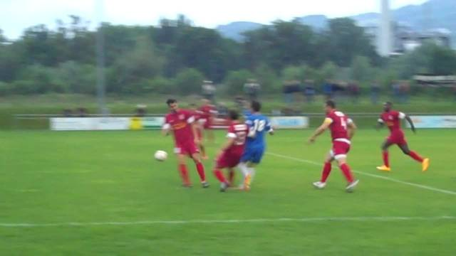 Huxley erzielt das 1:0 für Oetwil-Geroldswil
