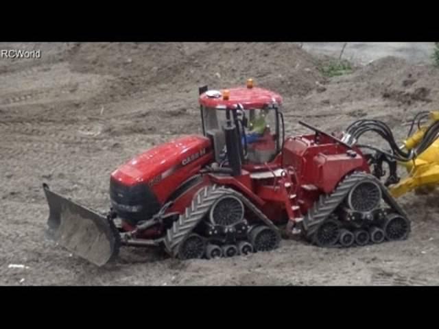 Mini-Landmaschinen in Aktion, Teil I (Modellbaumesse Leipzig 2015)