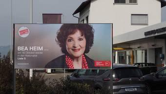 Aber hallo? Irrtümlicherweise wurde ein Wahlplakat von Bea Heim (SO) in Frick aufgehängt.