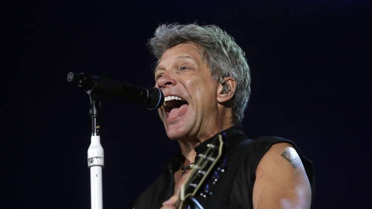 Warum Richie Sambora 2013 Hals über Kopf aus der Band ausstieg, wird wohl immer ein Rätsel bleiben: Frontmann Jon Bon Jovi will jedenfalls nicht daran schuld sein. (Archivbild)