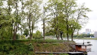 «Einer der schönsten Orte in Kleinhüningen»: die Grünfläche mit Fischerhäuschen an der Uferstrasse.