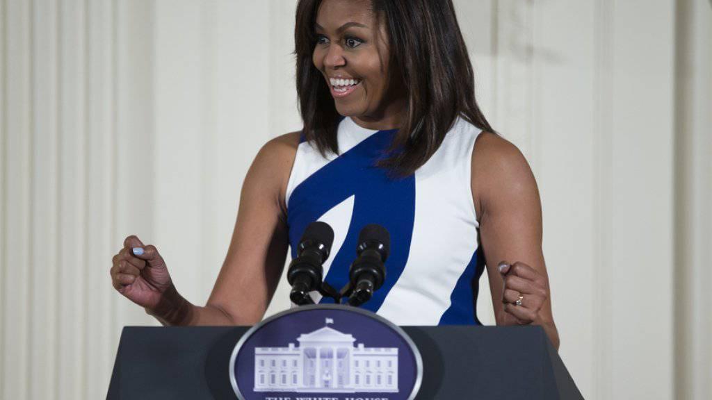 Michelle Obama nutzt alle Kanäle, um die Jugend auf ihre Initiativen aufmerksam zu machen: Seit neustem ist die US-First Lady auch auf Snapchat präsent. (Archiv)