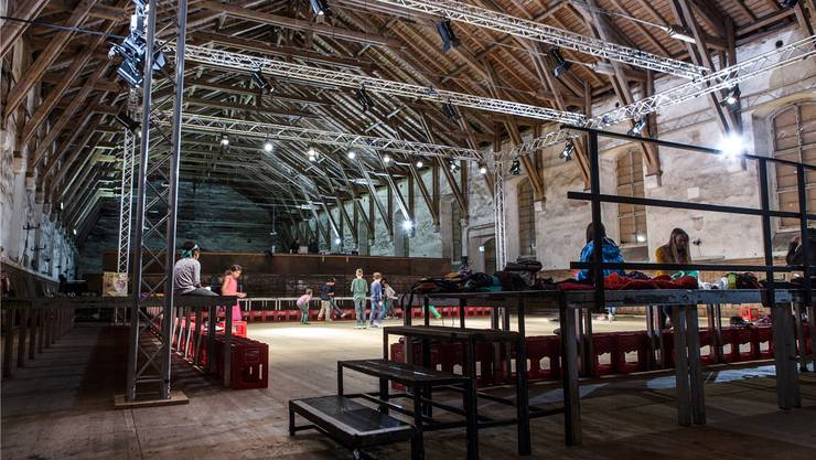 In der alten Reithalle soll ein Theater entstehen, doch das aktuelle Projekt ist zu teuer.