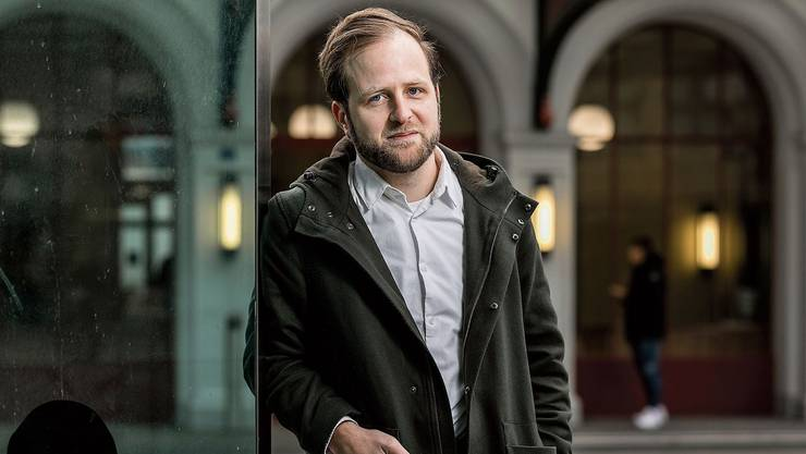 Die Archäologie hat er an den Nagel gehängt: Nun erforscht Demian Lienhard die Vergangenheit literarisch.