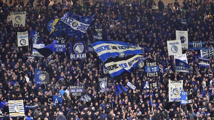 Etwa 44'000 Fans von Atalanta Bergamo fanden sich am 19. Februar im San-Siro-Stadion in Mailand ein. Viele von ihnen dürften sich dort mit dem Coronavirus angesteckt haben.