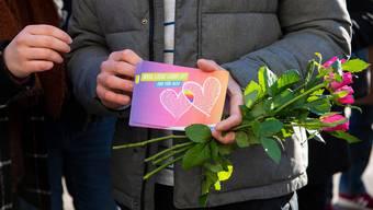 Werbeaktion von LGBTIQ-Organisationen für die «Ehe für alle» am Valentinstag 2019 in Bern.