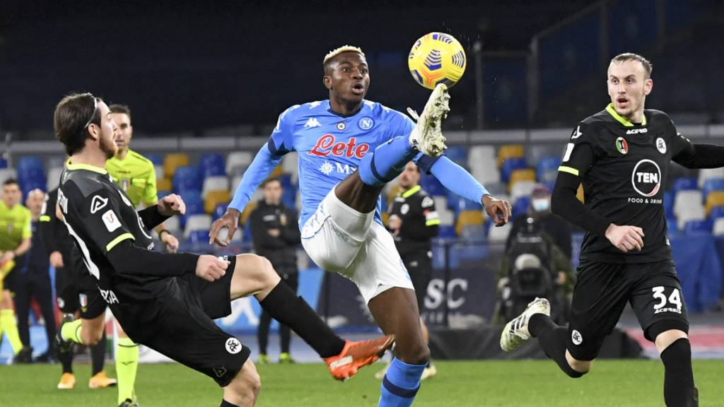 Victor Osimhen und seine Teamkollegen lupfen Napoli ins Halbfinal des italienischen Cups.