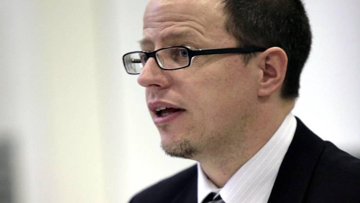 Diskussion um seinen Eingriff ins Augenzeugenprotokoll gehen weiter: Staatsanwalt Rolf von Felten.
