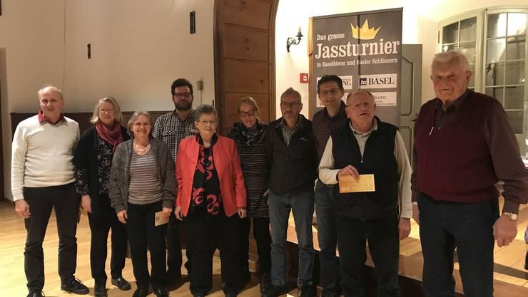 Das Siegerbild mit den zehn Finalisten. Die Siegerin Edith Merz (2. von links) erzielte das bisherige Bestresultat aller Qualifizierten.