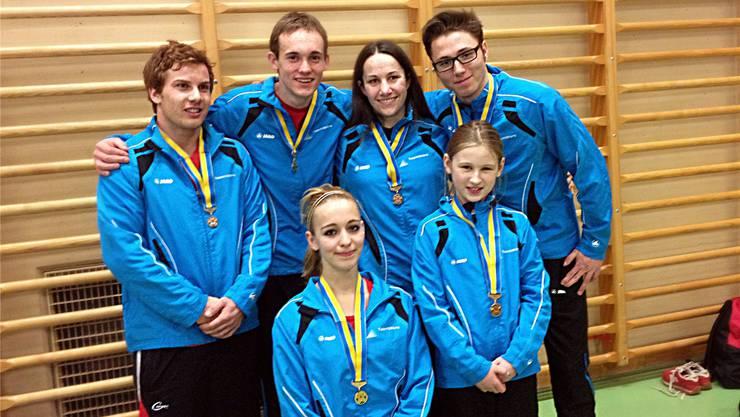 Von links hinten: Cedric Ferrari, Cédric Jeannerat, Andrea Graf, Fabio Hug; vorne von links: Tabea Grossenbacher, Luana Taubers.