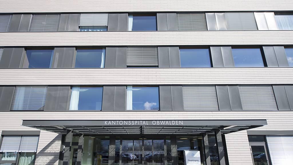 Das Grundangebot des Kantonsspitals Obwalden bleibt vorläufig im Gesetz verankert. (Archivaufnahme)