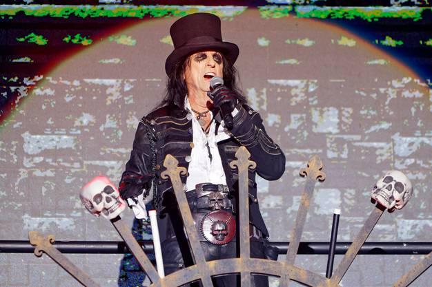 Unmotiviert: Rocklegende Alice Cooper. (André Albrecht)