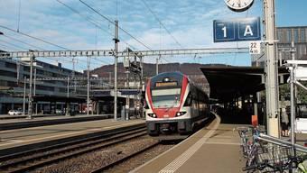 Der Flugzug ab Basel (hier in Baden) verbindet ab 13. Dezember wieder Fricktal, Brugg und Baden ohne Umstieg mit Kloten.