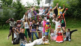 Die verkleideten Kinder im Ferienlager.