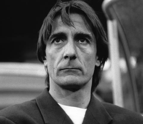 Portrait von Didier Andrey, Trainer des FC Basel, aufgenommen 1994 in Basel.