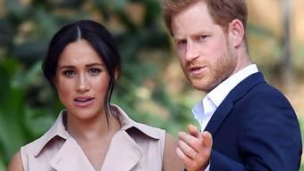 Prinz Harry und Ehefrau Meghan wollen sich von royalen Pflichten zurückziehen.