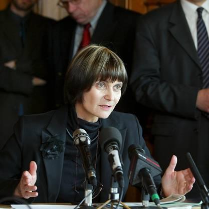 Löste als Aussenministerin eine kontroverse Debatte um die Schweizer Neutralität aus: Ex-Bundesrätin Micheline Calmy-Rey.