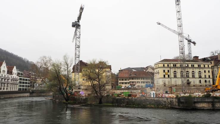 Bäder-Baustelle: Die Hochbauarbeiten sind Mitte März gestartet und schreiten zügig voran.