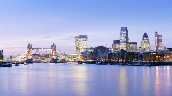 Die Themse mit Towerbridge und den Hochhäusern der City: London ist das wichtigste Finanzzentrum der Welt. Foto: Imago