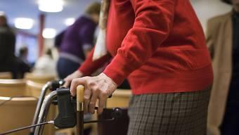 «Es ist doch sicher nicht falsch, wenn man frühzeitig den Blinker stellt», sagte die beschuldigte 88-Jährige vor Gericht. (Symbolbild)