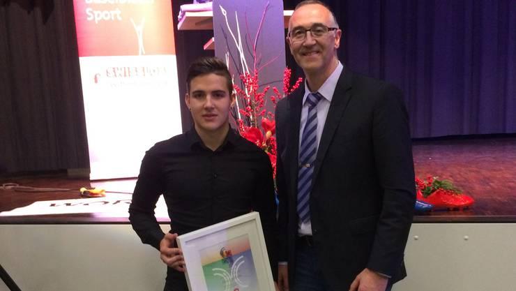 Karate-Nachwuchstalent Maurice Rösch kann sich dank dem Baselbieter Förderpreis über 5000 Franken freuen.