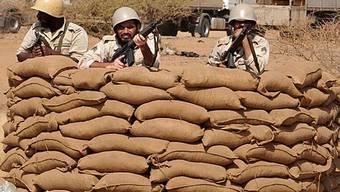 Saudiarabische Soldaten an der Grenze zum Jemen (Archiv)