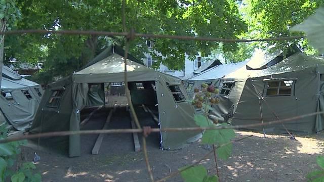 Bern stellt definitiv Zelte für Asylsuchende auf