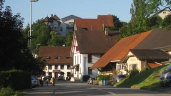 Die Verwaltung von Elfingen wird nach Hornussen verlegt