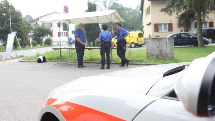 Eine der Sprechstunden der Stadtpolizei Grenchen. Sollte die Stadtpolizei abgeschafft werden?