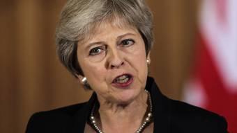 Die britische Premierministerin Theresa May hat die EU am Freitag in London wegen ihrer ablehnenden Haltung gegenüber dem britischen Plan zur Ausgestaltung der künftigen Handelsbeziehungen scharf kritisiert.