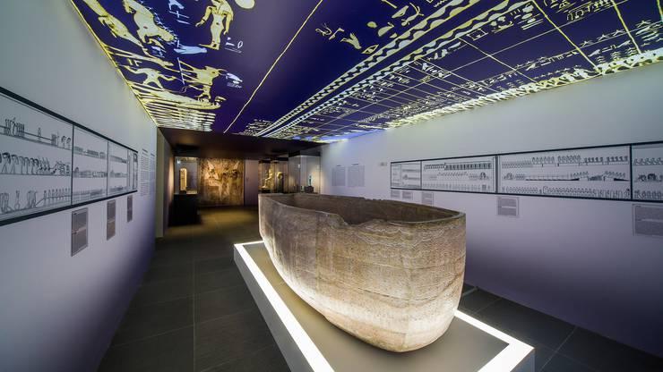 In der Grabkammer von Sethos l. ist die Reise des Sonnengottes durch die ägyptische Unterwelt illustriert. Ein Comic der Sonderklasse.