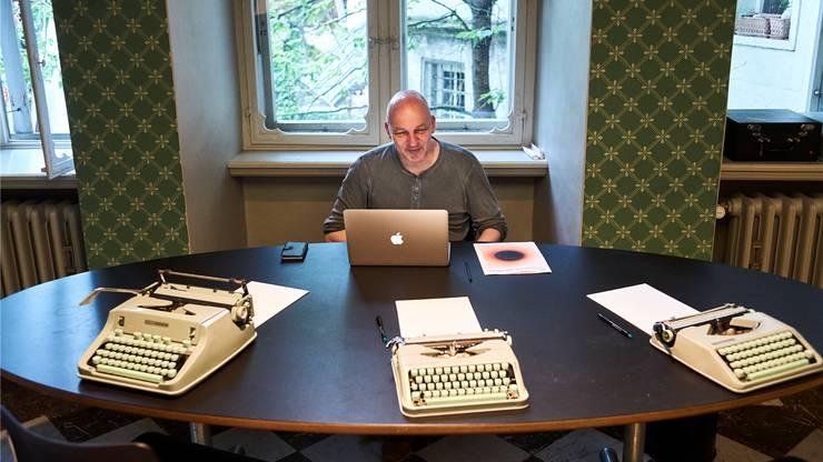 Inspiriert von Düften: Tim Krohn fängt Bilder und Assoziationen in Worten ein.
