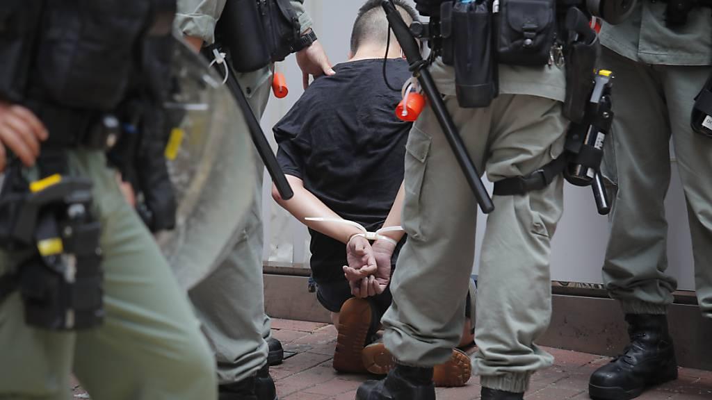Festnahmen bei Protesten in Hongkong gegen Sicherheitsgesetz