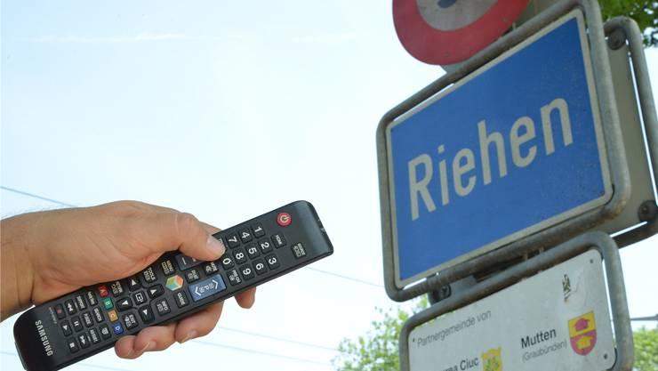 Cablecom bietet ihren Kunden kostenlos einen Umwandler an, der digitales Fernsehen ermöglicht – aber nicht in Riehen. Grund: Die Firma behandelt Netze, die nicht ihr gehören, anders als eigene.