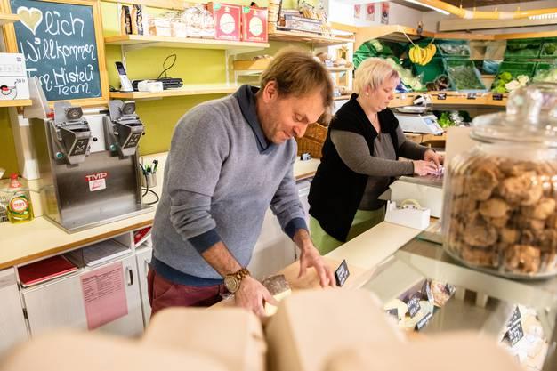 Patrick Misteli und Jacqueline Calame führen die Chäsi im gewohnten familiären Stil weiter.